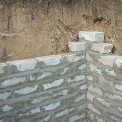 Особенности стен погреба