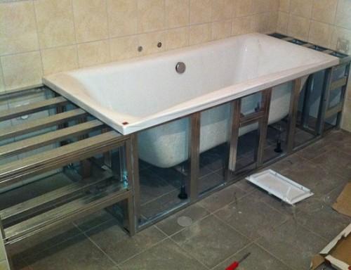 ustanovka vanny svoimi rukami 10