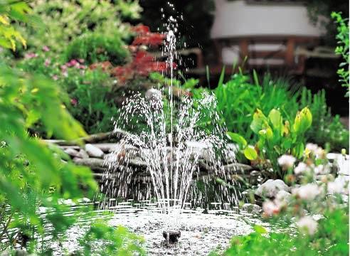 Самый простой бассейн с фонтаном