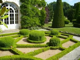 Ландшафтный дизайн во французском стиле