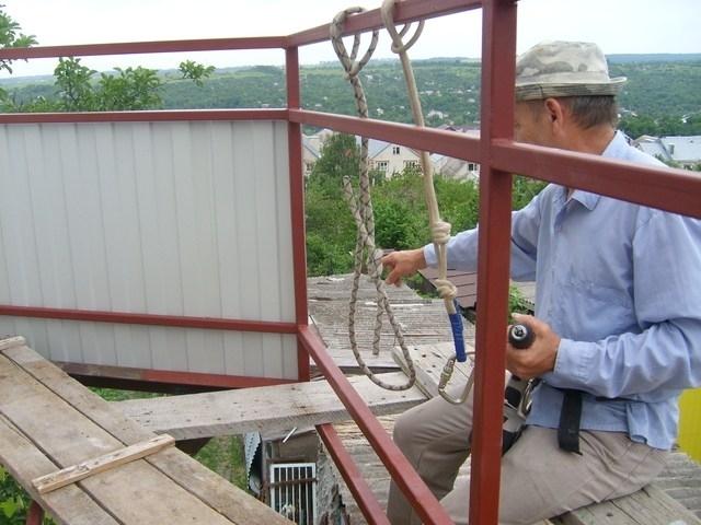 Инструменты и материалы для отделки балкона сайдингом