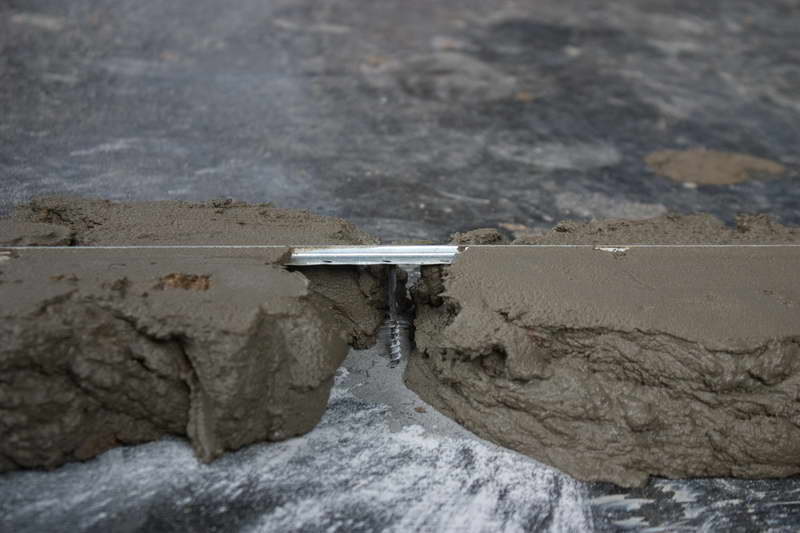 Маяки из цементного раствора