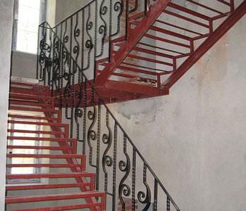 Каркас металлический для маршевой лестницы