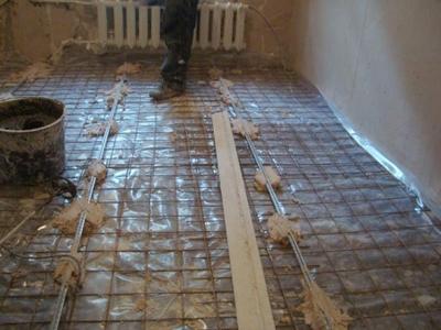 Армирование основания пола перед заливкой бетона