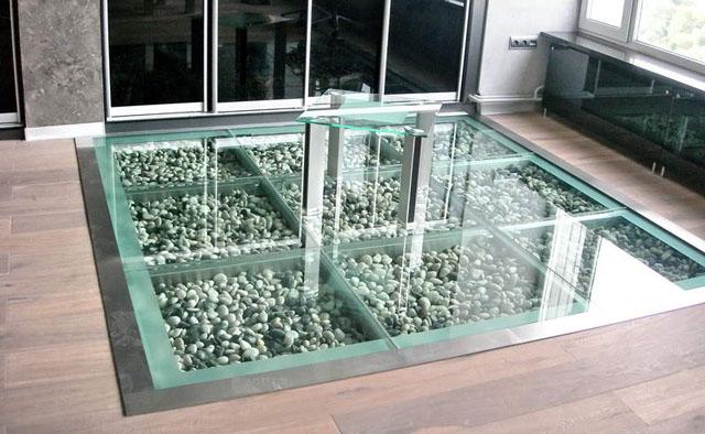 Каркас стеклянного пола