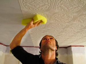 Уход за потолочной  плиткой