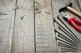 Инструменты для строительства лестницы на мансарду