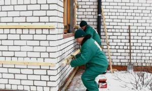 Подготовка стен под обрешётку для сайдинга