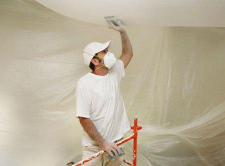Шпаклюем, выравниваем, красим потолок в маске!