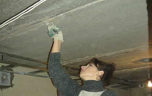 Обработка швов перед покраской потолка