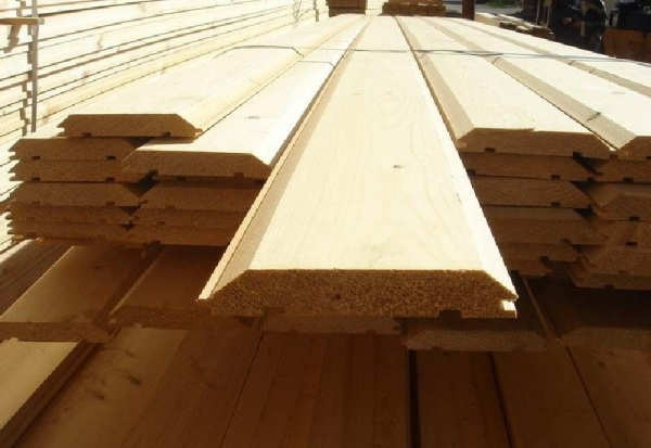 натуральная древесина для внутренней отделки бани