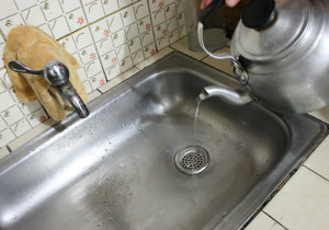 удаление засоров из канализации кипятком