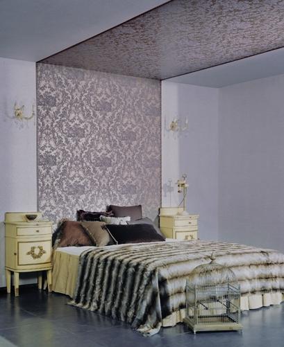 вставки из обоев в спальне