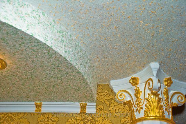 Фото жидких обоев на потолке