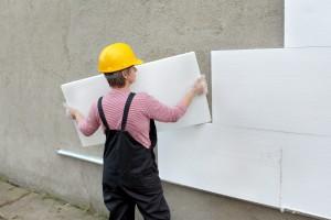 фиксация пенопласта на стене